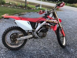2007 CRF250R in great condition and just serviced