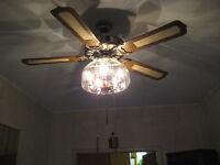Luminaire avec ventilateur