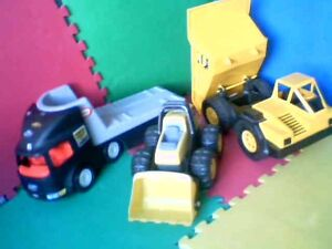 Grand camion de construction / Big constriction truck toys