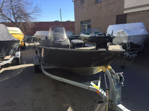 2017 Princecraft Holiday DLX SC in stock