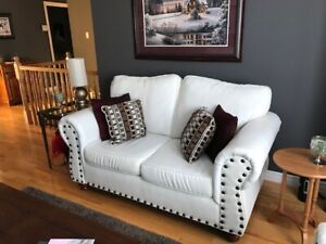 White Leather Love Seat For Sale