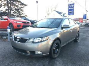 2011 Kia Forte SX à partir de 30$/Sem finance. maison disponible