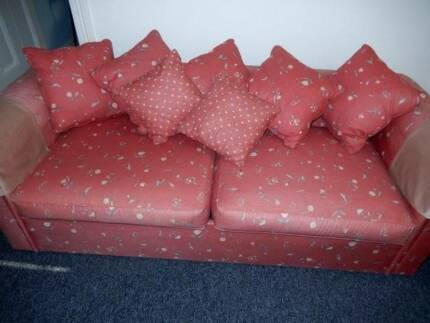 2.5 Seater Sofa Bed Double Bay Eastern Suburbs Preview