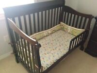 3 in 1 Crib and Dresser