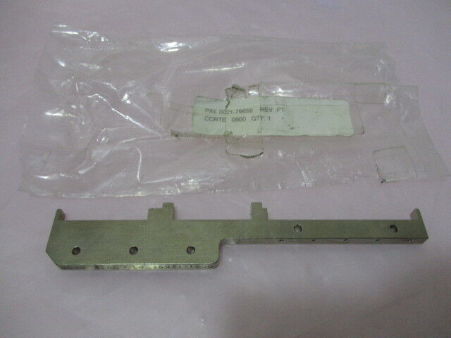 AMAT 0021-79658 Bar, Double, Bearing Mount, 300mm Wafer, 420741