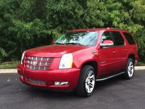 2014 Cadillac Escalade Premium   4 yr Warranty Remaining