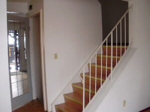 Town House on Hunterview Drive NW for a nice family