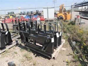 Pallet Forks for ALO, JD, Kubota quick-attach loaders 5,500lbs Regina Regina Area image 1
