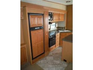 2008 Carriage Cameo 35SB3 Luxury 5th Wheel Trailer with 3 Slides Stratford Kitchener Area image 9