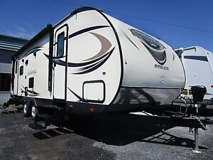 2017 SALEM HEMISPHERE HYPER-LYTE 26RL TRAVEL TRAILER RV