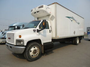 2003 GMC C7500 with 24' Reefer Van Body