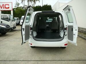 2018 LDV G10 SV7C Blanc White 6 Speed Automatic Van Rothwell Redcliffe Area Preview