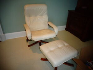 Vintage-Danish leather swivel chair & Ottoman from Unico.