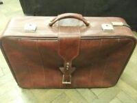 Suitcase for sale . With key . Size : H=45cm , W=68cm , D=19cm