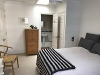 Double Room with an En Suite in Spitalfields with Underground Car Park and Private Balcony 1227pcm