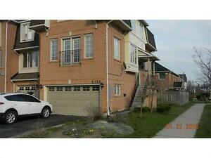 3 Bedroom Home Available for Rent in the Orchards, Burlington