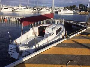 Hutton Sail Boat -  24 Foot Family or Racing Boat Newport Hobsons Bay Area Preview