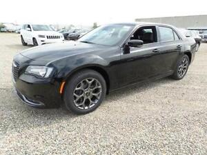 * BRAND NEW 2016 CHRYSLER 300S AWD - BLOWOUT PRICING!