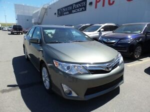 2012 Toyota Camry XLE V6 | Navigation | Leather | Bluetooth