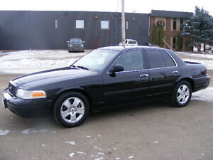 2009 Ford Crown Victoria LX--EXCELLENT CONDITION--