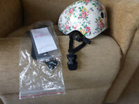 CATHY KIDMAN FLOWERIE BICYCLE HELMET
