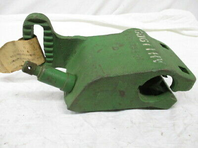 John Deere Bracket For 88w99w Sickle Mowers Ah11909