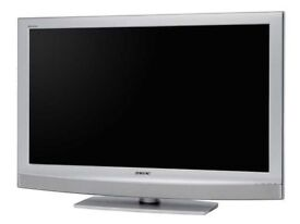 "Sony Bravia 32"" Inch LCD TV - Excellent Condition [KDL-32U2000] - With Freeview"