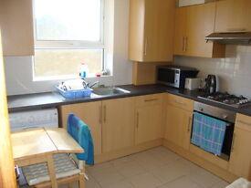 3 bedroom flat in Brecknock Road, Tufnell, Tufnell Park, London N7
