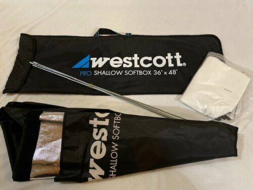 "Westcott Pro Shallow Softbox 36"" x 48"" (Silver Interior)"