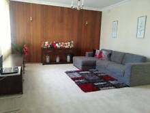 2 ROOMS AVAILABLE! ONE ROOM WITH ENSUITE! RENT INCLUDING BILLS! Glen Waverley Monash Area Preview