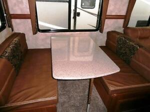 NEW 2016 Maple Country 26 RB - TRAVEL TRAILER LEATHER COUCH Edmonton Edmonton Area image 5