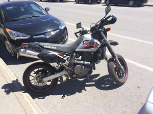 650DR Super Motard