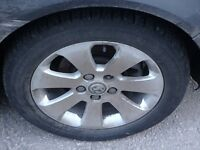 """VAUXHALL INSIGNIA ALLOY WHEEL 17"""" IDEAL SPARES FULL SIZE INC TYRE"""