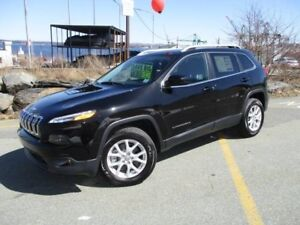 2017 JEEP CHEROKEE North V6 4X4 (DEMO CLEAR-OUT! MSRP $37,785  N