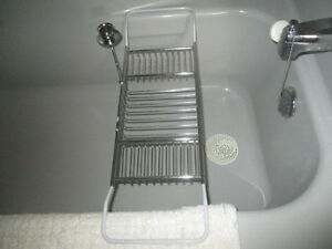 Adjustable tub rack