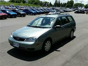 2005 FORD FOCUS SE,MINT CONDITION,NO RUST,85,000 KMS!