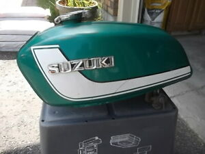 1972  Suzuki GT380  Triple  Gas Tank,  HL Shell and side covers