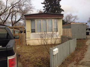 Mobile home at 402 1524 Rayner Avenue