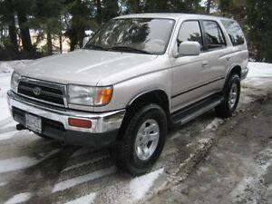 1998 Toyota 4Runner deluxe SUV, Crossover