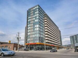 2 BEDROOMS CONDO FOR RENT IN TORONTO DOWNTOWN