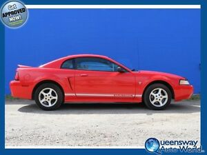 2000 Ford Mustang-SPORTY COUPE!
