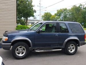 1999 Ford Explorer Sport, excellent cond. CERT & ETESTED-$3000
