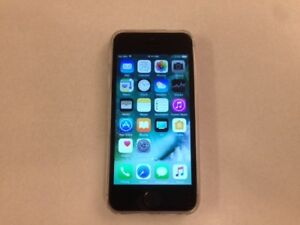 Like New 32GB iPhone 5s Space Grey (Factory Unlocked)