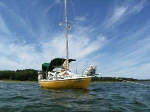 Hughes 25 - Northen Sailboat - Fast fund and pocket crusing boat
