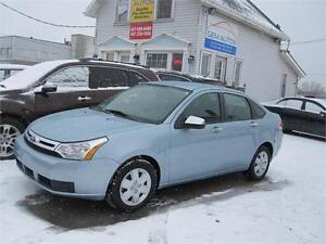 2009 Ford Focus SE Low Km Carproof Clean Ontario Air Condition