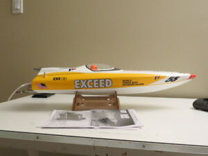 EXCEED RC BRUSHLESS BOAT