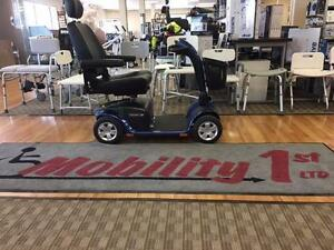 MOBILITY SCOOTER!  YOU SAVE $1000 PLUS NO HST!