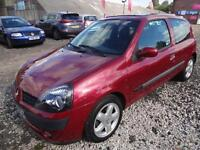 RENAULT CLIO 1.2 16v DYNAMIQUE~Y'2001~MANUAL~3 DOOR HATCHBACK~LOW MILES~SUPERB