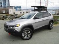 2019 Jeep Cherokee TRAILHAWK L PLUS V6 (FALL CLEAR-OUT $32577! P