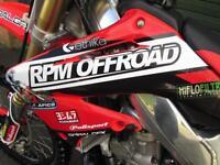 HONDA CR 250 R 2004 MX MOTOCROSS BIKE TRICK!!
